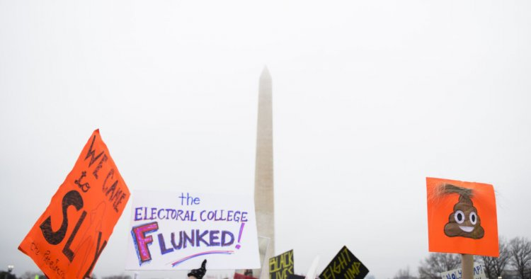 The Electoral College Needs to Go. Here's How States Can Bypass It. - Hillary Clinton and Al Gore both won the popular vote, but lost the election. It's time for the people to choose who becomes president.
